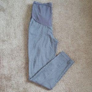 Motherhood Maternity pants